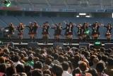 東京・調布市の味の素スタジアムで行われた18thシングル「Beginner」発売記念握手会イベントに登場したAKB48 (C)ORICON DD inc.