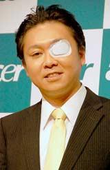 日本エイサーの『新製品&円高還元キャンペーン』記者発表会に出席したヒヨドリ来留夫
