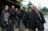 『第34回 日本アカデミー賞』優秀作品賞に選ばれた、三池崇史監督の『十三人の刺客』 (C)2010「十三人の刺客」製作委員会