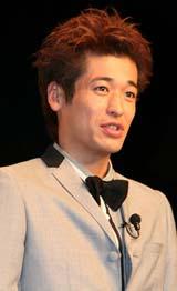 映画『漫才ギャング』の完成報告会見に出席した佐藤隆太
