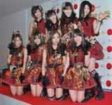 3度目となる紅白で「紅白2010 AKB48神曲SP」を披露するAKB48 (C)ORICON DD.inc