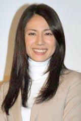 ドラマ『CONTROL 〜犯罪心理捜査〜』(フジテレビ系)の完成披露試写会で舞台あいさつに登壇した松下奈緒