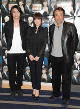 新深夜ドラマ『カルテット』(MBS・TBS系)の会見に出席した(左から)松下優也、福田沙紀、原作の大沢在昌氏