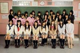 スペシャルドラマ『桜からの手紙〜AKB48 それぞれの卒業物語〜』に出演するAKB48(メインキャストは前列左から宮澤佐江、渡辺麻友、高橋みなみ、大島優子、板野友美、小嶋陽菜、柏木由紀、篠田麻里子)