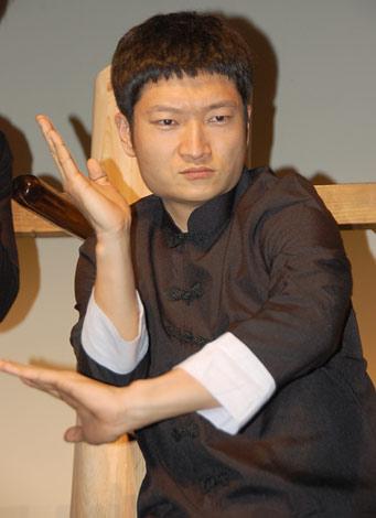 映画『イップ・マン 葉問』公開記念イベントに出席したザブングル・加藤歩 (C)ORICON DD inc.