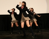 2ndシングル「If」の発売記念イベントを行ったフレンチ・キスの(左から)倉持明日香、柏木由紀、高城亜樹