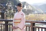 上原多香子、初主演映画『恋谷橋』で清楚な和服姿を披露