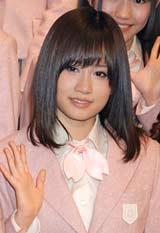 コンサート『AKB48リクエストアワー セットリストベスト100 2011』の公開リハーサルを行ったAKB48・前田敦子