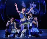 AKB48から新ユニットNot yet(ノットイエット)が誕生! 発表された『AKB48リクエストアワー セットリストベスト100 2011』2日目公演では早速デビュー曲を披露 ※写真左から 横山由依、大島優子、指原莉乃、北原里英