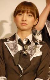 映画『DOCUMENTARY of AKB48 to be continued 10年後、少女たちは今の自分になにを思うのだろう?』初日舞台あいさつに出席した篠田麻里子 (C)ORICON DD inc.
