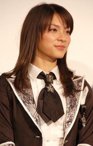 映画『DOCUMENTARY of AKB48 to be continued 10年後、少女たちは今の自分になにを思うのだろう?』初日舞台あいさつに出席した秋元才加 (C)ORICON DD inc.