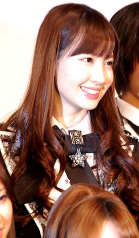 映画『DOCUMENTARY of AKB48 to be continued 10年後、少女たちは今の自分になにを思うのだろう?』初日舞台あいさつに出席した小嶋陽菜 (C)ORICON DD inc.
