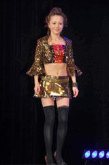 モーニング娘。卒業メンバー10名による新グループ「ドリーム モーニング娘。」の中澤裕子