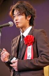 『2011年 エランドール賞』新人賞を受賞した佐藤健 (C)ORICON DD inc.