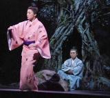舞台『テンペスト』公開リハーサルで琉球舞踊を初披露した仲間由紀恵 (C)ORICON DD inc.
