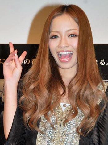 サムネイル 映画『パラノーマル・アクティビティ2』の試写会イベントで新恋人との交際順調を報告した小森純