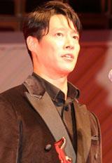 『第65回(2010年)毎日映画コンクール』の表彰式に出席した男優主演賞の堤真一