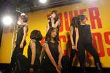 デビューシングル「Kiss Me」発売記念イベントを行ったHappiness