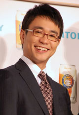 サントリーの新ジャンル飲料『ジョッキ生』新CM発表会に出席した八嶋智人