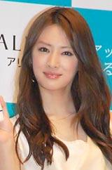 日焼け止めブランド『ALLIE(アリィー)』の新イメージキャラクターを務める北川景子