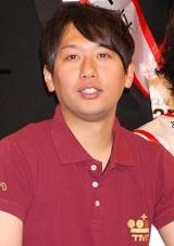 『よしもと男前ブサイクランキング2011』でTOROY特別賞を受賞したライセンス・井本貴史 (C)ORICON DD inc.