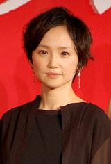 映画『八日目の蝉』完成会見に出席した永作博美