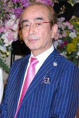 加藤茶のデビュー50周年記念パーティーに参加した志村けん (C)ORICON DD inc.