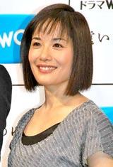 ドラマW『遠い日のゆくえ』の番組発表会見に出席した富田靖子