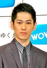 ドラマW『遠い日のゆくえ』の番組発表会見に出席した永山絢斗