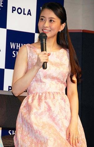ポーラ『ホワイトショット』CM発表会に出席した、妊娠中の小林麻央 (C)ORICON DD inc.