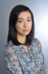 主人公・村木先生の妹役を演じる吹石一恵