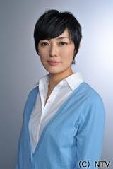 女教師を演じる板谷由夏