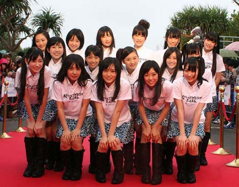 『第3回沖縄国際映画祭』レッドカーペットに来場したNMB48 (C)ORICON DD inc.