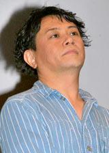 テレビアニメ『トリコ』の製作発表会に出席した岩田光央