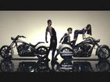 近未来的な空間に登場する黒木メイサ/新曲「One More Drama」ミュージックビデオ