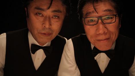 『スネークマンショー』番組ショット(左から伊武雅刀、小林克也)