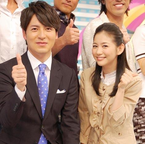 新番組『ZIP!』(日本テレビ系)初回放送終了後、インタビューに応じた(左から)メインMCの桝太一アナウンサーと関根麻里 (C)ORICON DD inc.