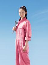 新ドラマ『アスコーマーチ』では武井咲が男子ばかりの工業高校に通う女子高生を熱演する