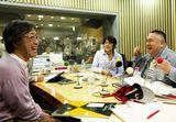 """1975年にスタートした""""ラジオ・チャリティ・ミュージックソン""""史上最大の71組のゲストが出演した(写真左から武田鉄矢、福山雅治、松村邦洋)"""
