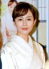 NHK朝の連続テレビ小説『どんど晴れ スペシャル』の会見に出席したヒロインの比嘉愛未