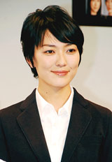 新ドラマ『高校生レストラン』の会見に出席した板谷由夏