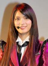 AKB48の派生ユニット・DiVAのお披露目イベントに登場したメンバーの秋元才加