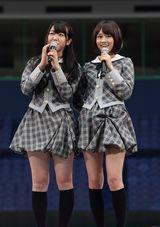 映画『もしドラ』で共演した峯岸みなみ(左)と前田敦子
