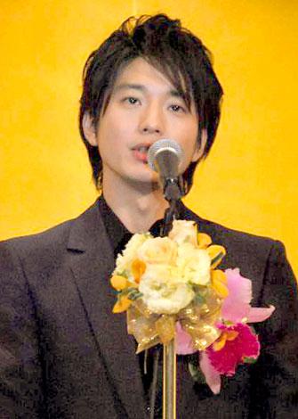 『第19回橋田賞』の授賞式に出席した向井理 (C)ORICON DD inc.