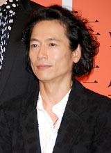 2012年大河ドラマ『平清盛』の男性新キャスト発表会見に出席した三上博史