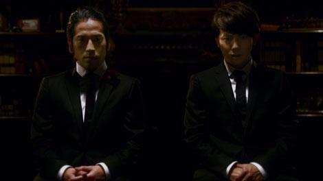 『スカルプD』の新CMに出演するピース(又吉直樹・綾部祐二)