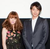 映画『パラダイス・キス』の特別試写会で舞台あいさつした(左から)北川景子、向井理
