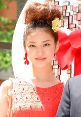資生堂の総合美容施設『SHISEIDO THE GINZA』のオープニングイベントに登場した武井咲