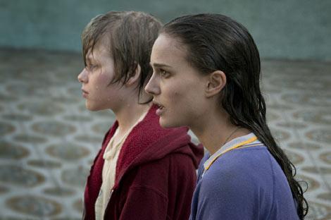ナタリー・ポートマン、初プロデュース映画『メタルヘッド』で、美女オーラを自ら封印 (C) 2010 Hesher Productions, LLC.
