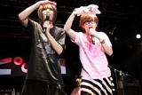 左からピコ、藤森慎吾(オリエンタルラジオ)